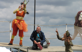 against-the-tide-graeae15