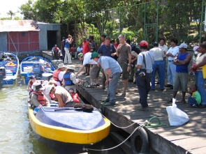 Daryl in BB- Nicaragua 010305 Below La Pluma 017